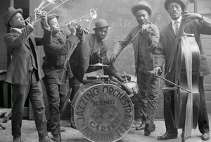 300px-jazzing_orchestra_1921